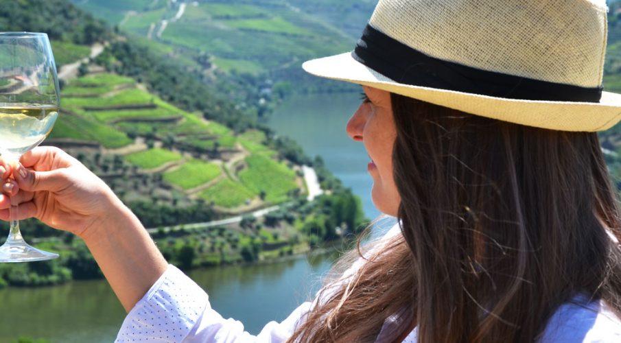 Poznaj smak słońca Portugalii – Porto Croft White